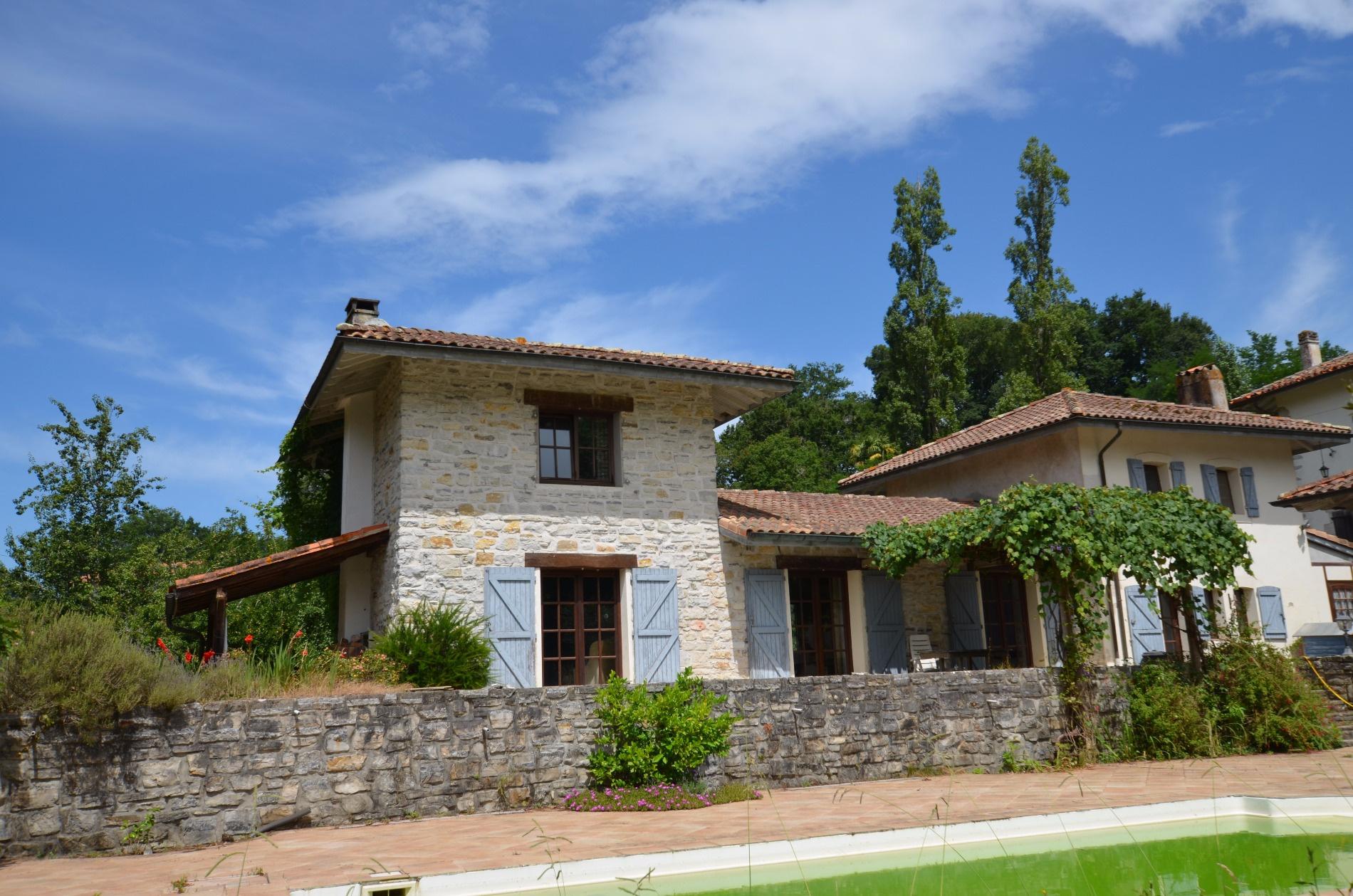 Littoral basque immobilier urrugne et environs - Maison close pays basque ...
