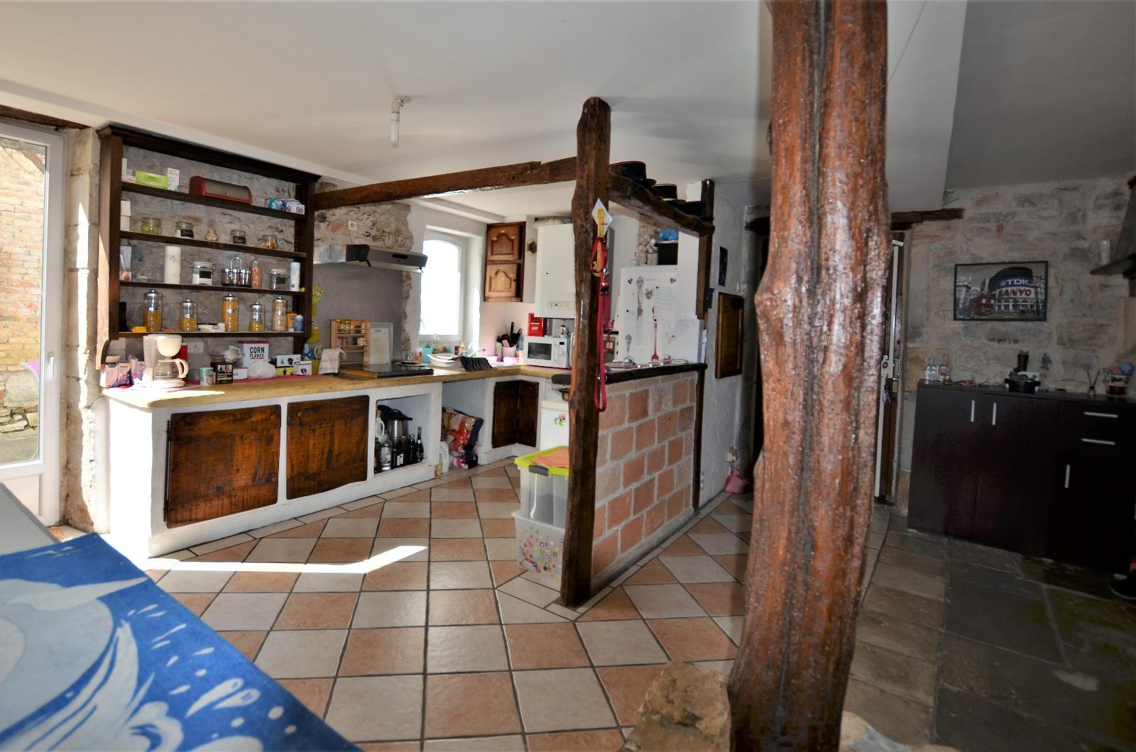 Vente tr s bel appartement dans maison bourgeoise urt for Appartement dans maison